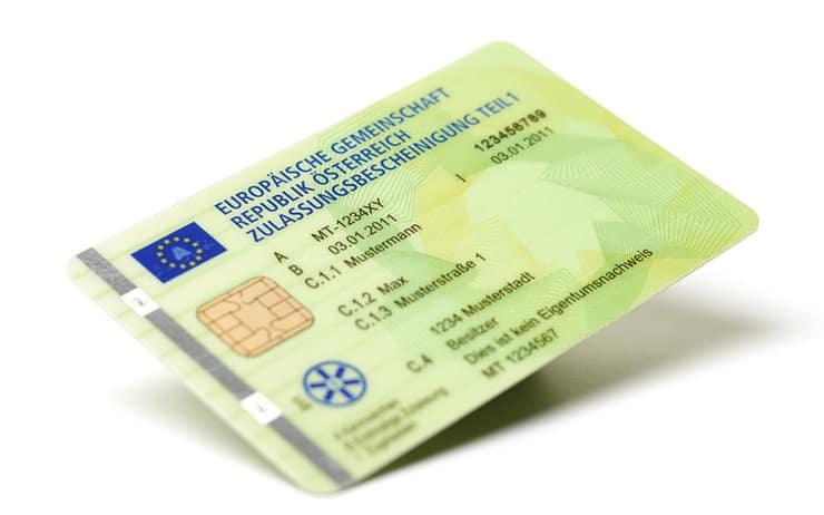 Zulassungsschein im Scheckkartenformat